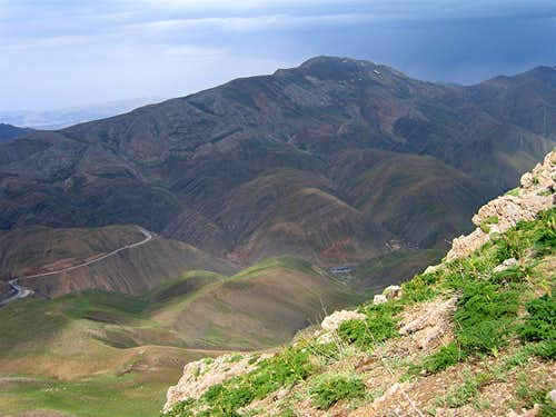 Sar Estakhr Peak & Haraz Road