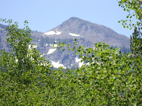 Zoom shot of Peak 10401