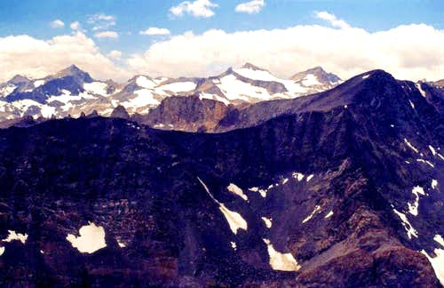 Mt. Lyell group and Blacktop Peak from Mt. Wood