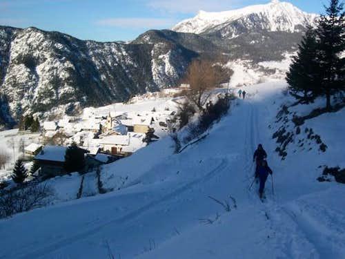 Ski mountaneering: the small...