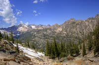 Eagle\'s Beak and Alpine Lakes Basin