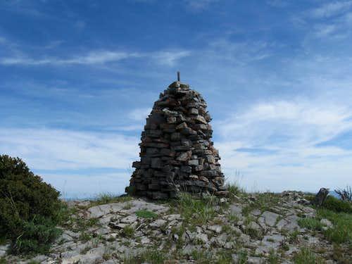 Elkhorn Peak summit cairn