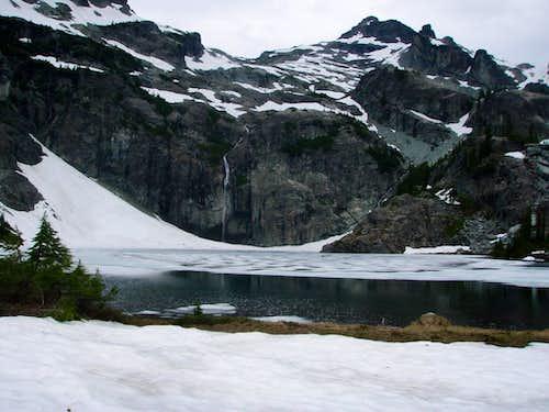 Chikamin Peak