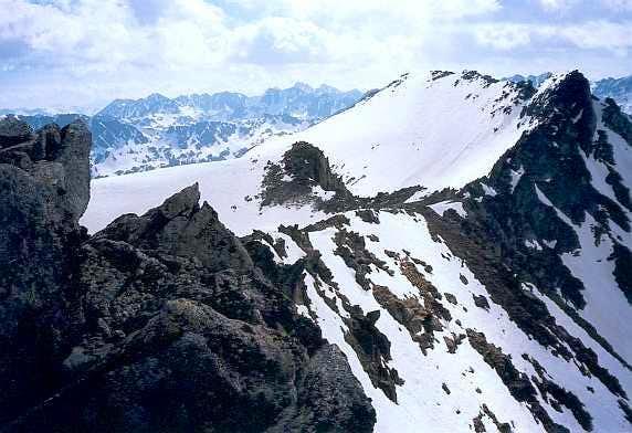 Travessani peak from the Travessani pass