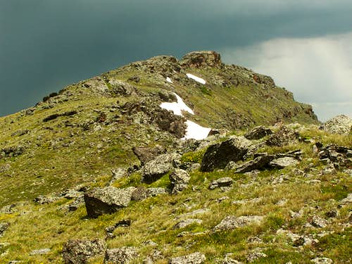 Orno Peak\'s puny summit