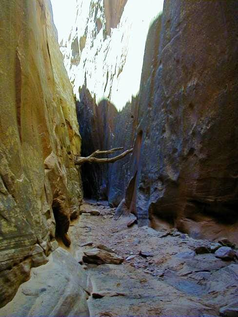 More narrows in Bluejohn Canyon