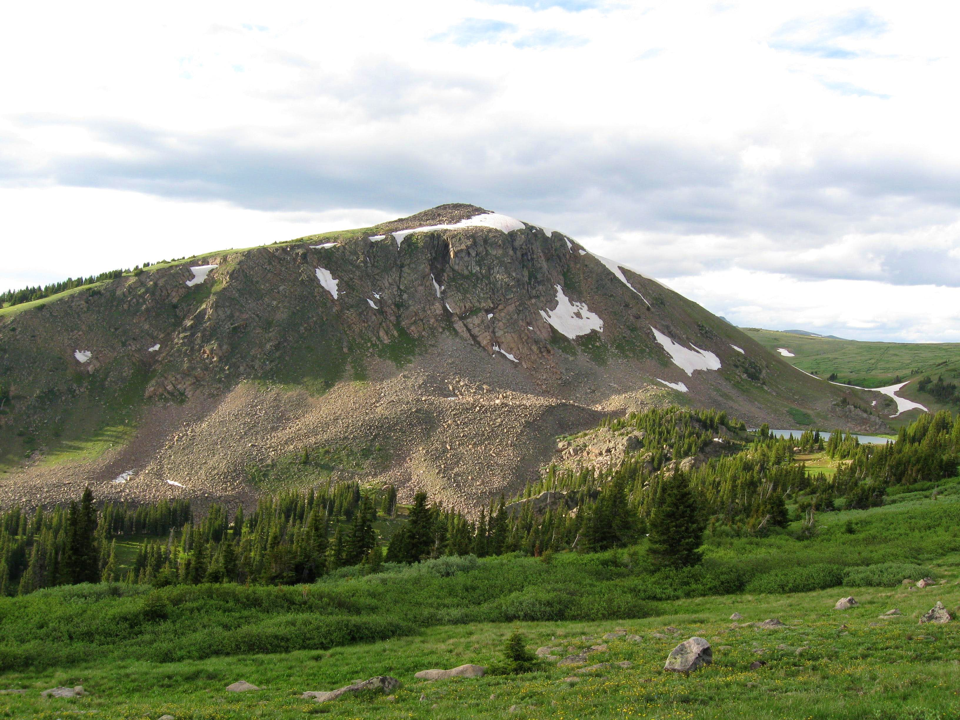 Northeast Ridge from Pumphouse Lake