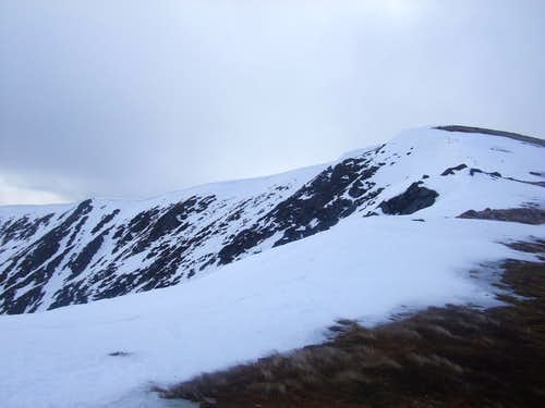 upper reaches of Glas Coire Mhor