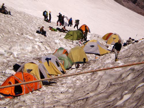 Tents at Camp Muir