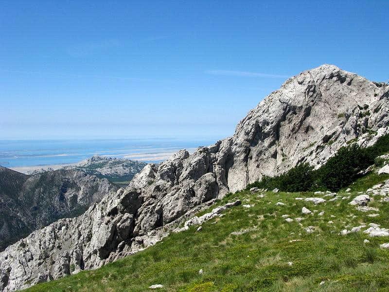 Rapavac (1.617 mtrs) cliffs