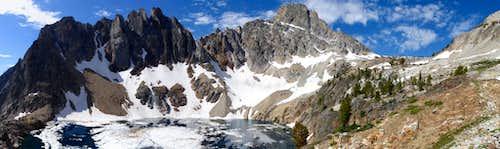 Thompson Peak Pano - from 9000 ft Lake