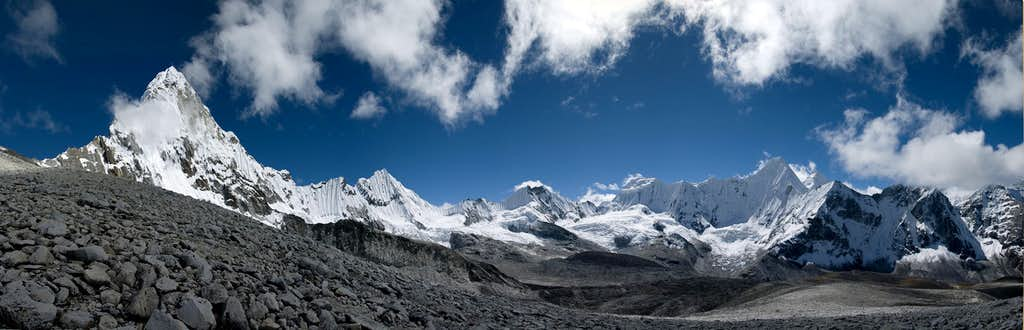 Ama Dablam and its Neighbours