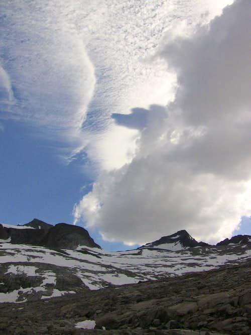 Amazing cloud formations above Mts Maclure and Lyell