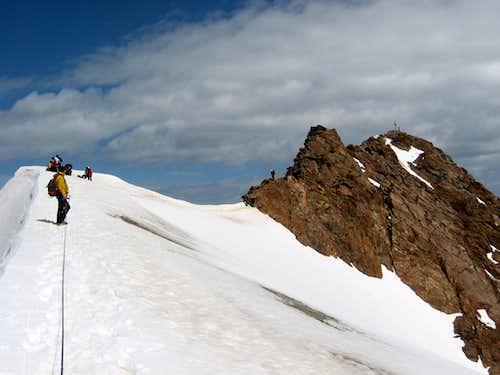 The final snow ridge