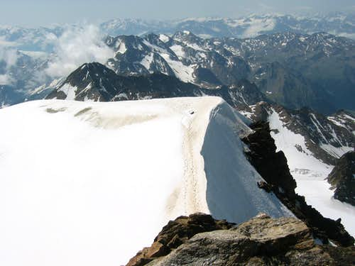 Backview to the snow-ridge
