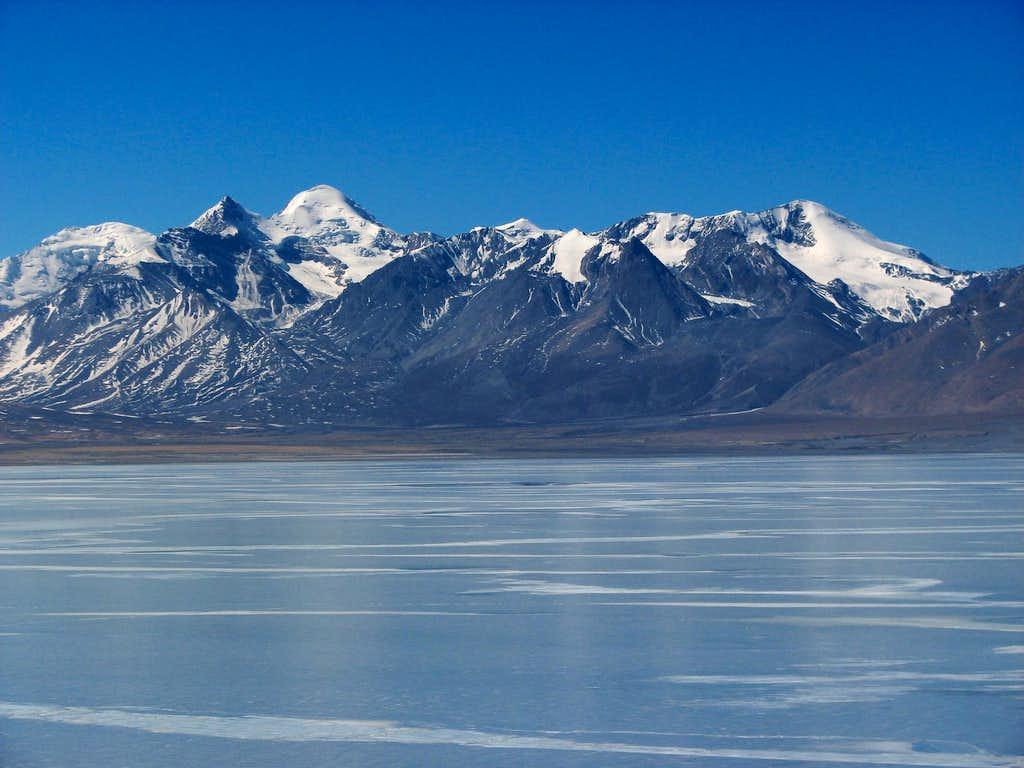 Pelkhu Tso and northern Langtang Himal