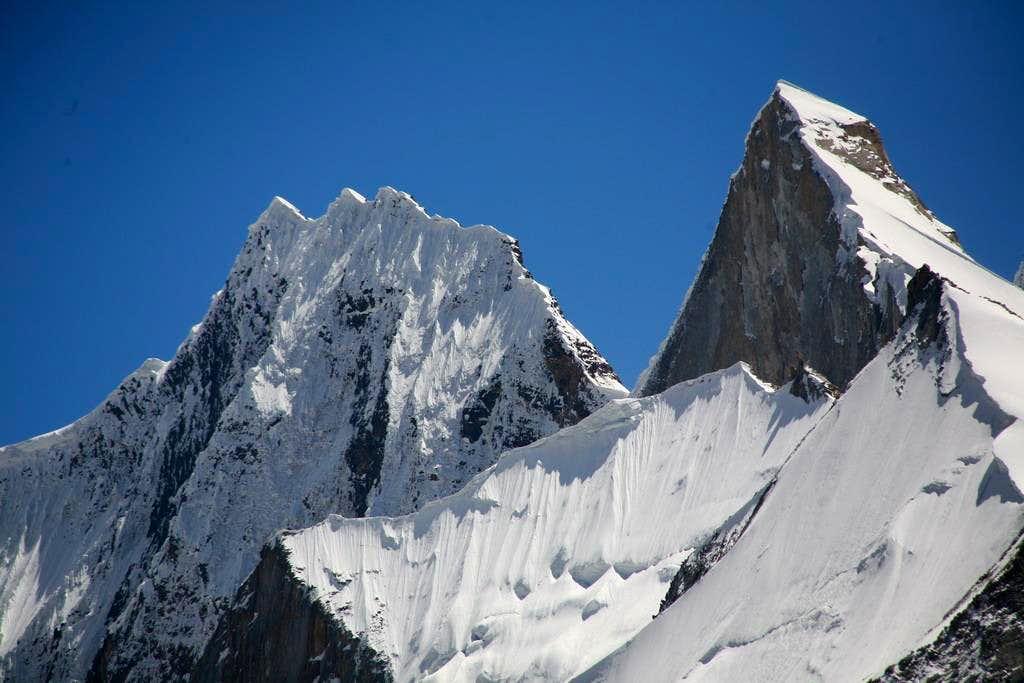 ChogolisaGroup Peak