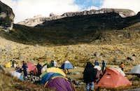 Campamento de conejeras...