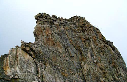 Sharkstooth Summit Pitch