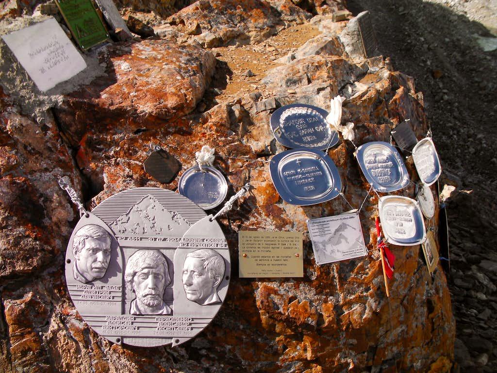 gilkey memorial photos diagrams amp topos summitpost