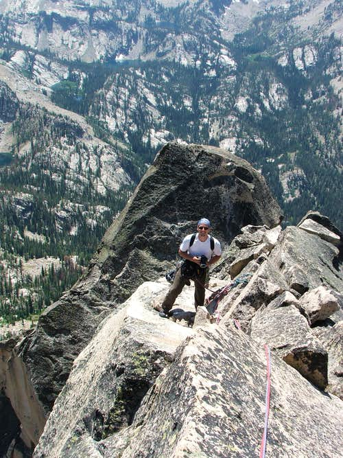 Short distance to belayer on summit pitch