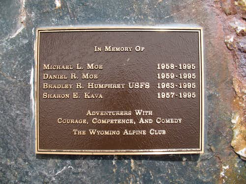 Memorial Plaque on the Diamond