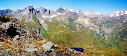The mountain range from Lancebranlette to Col des Chavannes