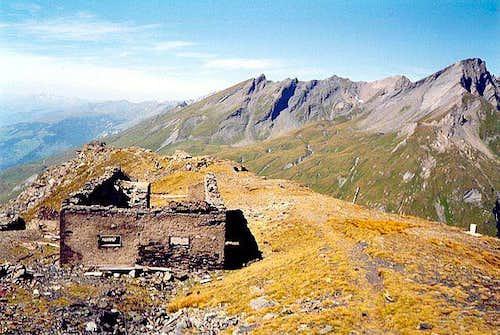 Lancebranlette and the range including the Pointe du Lac sans Fond from Mont Belvédère