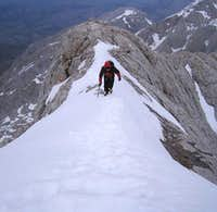 The ridge to the summit of Naranjo de Bulnes (Urriellu). 2006.04.14