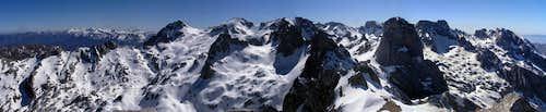 Panoramic view of Picos de Europa. 2006.04.13
