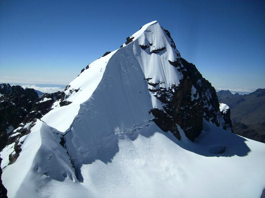 Pequeño Alpamayo Climb, Bolivia