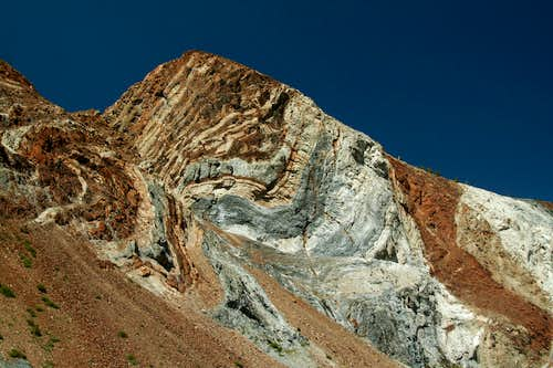 Strata on Laurel Mountain