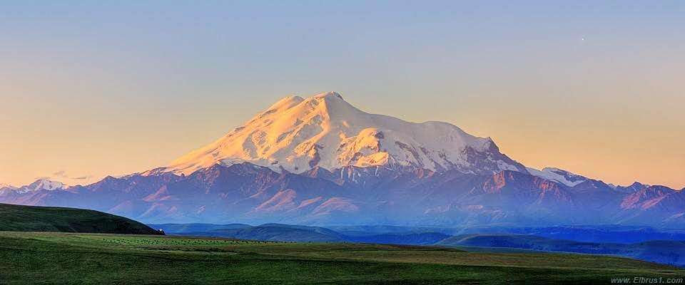 Elbrus from the West...