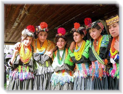 kalash Girls Dance