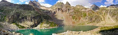 Balaitous & Arriel lake. 2007.07.23