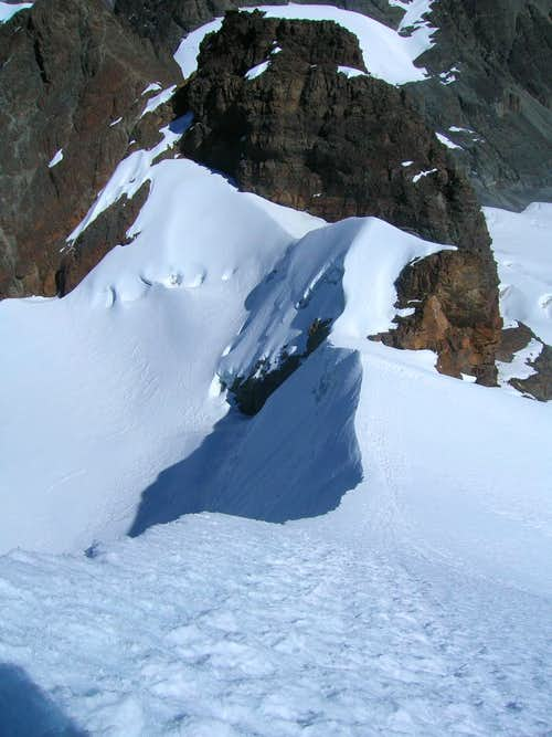 Pequeño Alpamayo Ridge, Bolivia