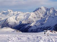 Ushba&DongusOrum near Elbrus from just above Barrels_07