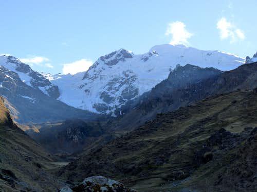 A new route up Diablo Mudo (5350m, Cordillera Huayhuash)