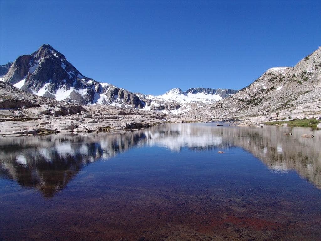 John Muir Trail from Yosemite Valley to Mt. Whitney Portal_210 miles in 12 days
