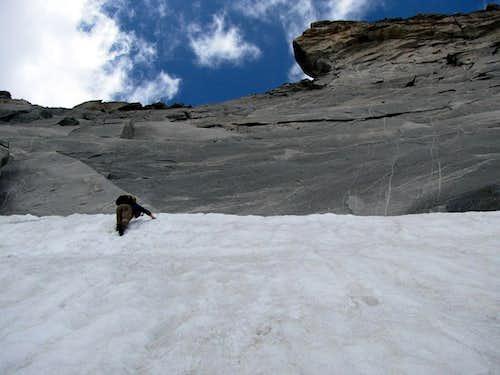 Descending to the snow slope under Steinerne Maennln