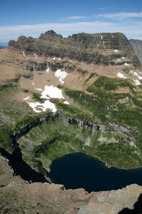 Bearhat Mountain and Hidden Lake
