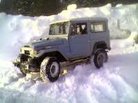 Snow Wheelin' in the FJ40