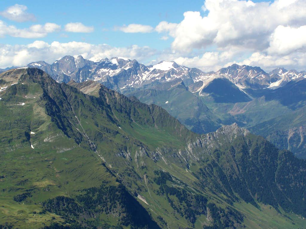 View of Stubaier Alpen from Sefiarspitze