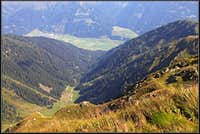 Obertilliach from Reiterkarspitz / Monte Cecido