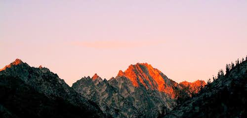 Sawtooth Ridge Glow