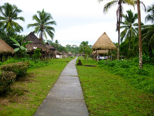 Pavarando Village