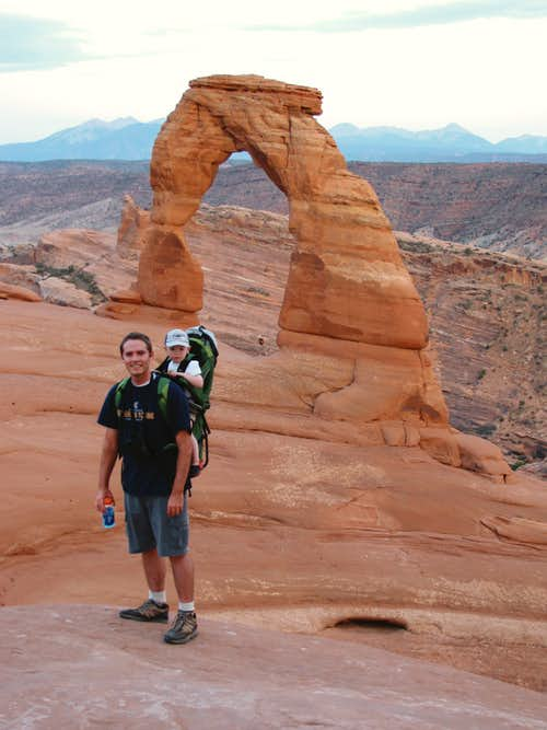 Hike to Delicate Arch