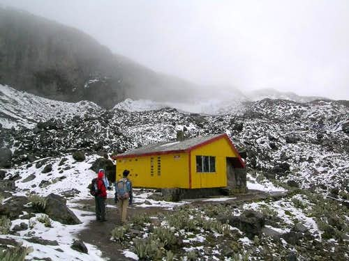 The hut. 30 May 2004