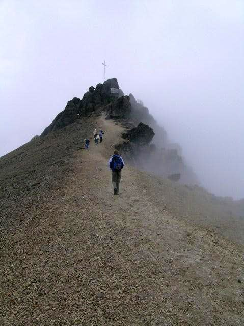 Crater rim, Guagua Pichincha....
