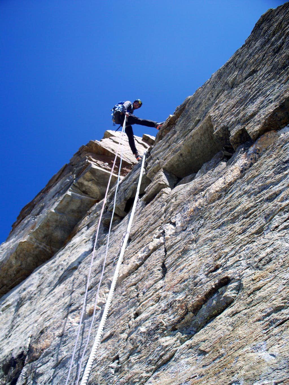 Fixed ropes below Carel Hut